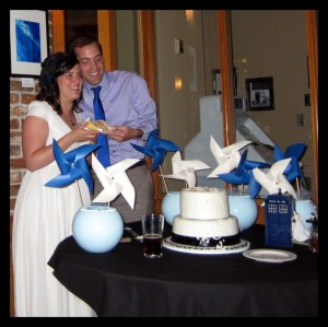 DIY wedding cake pinwheels TARDIS cake topper